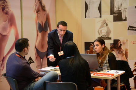Triumph_Fiera_Franchising_Nord_2013
